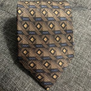 ROBERT TALBOTT STUDIO SILK NECK TIE GEOMETRIC